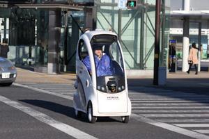 モビリティロボットによる横断歩道走行の様子2